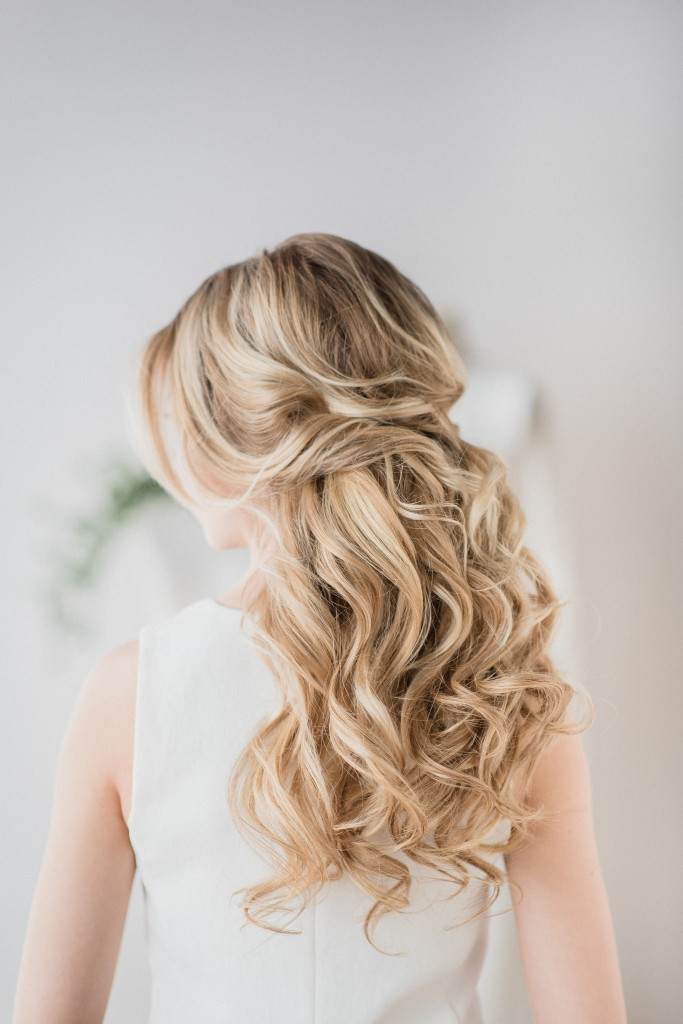 Tips for Perfect Wedding Day Hair by Ladylyn Gool and Jenn Kavanagh Photography