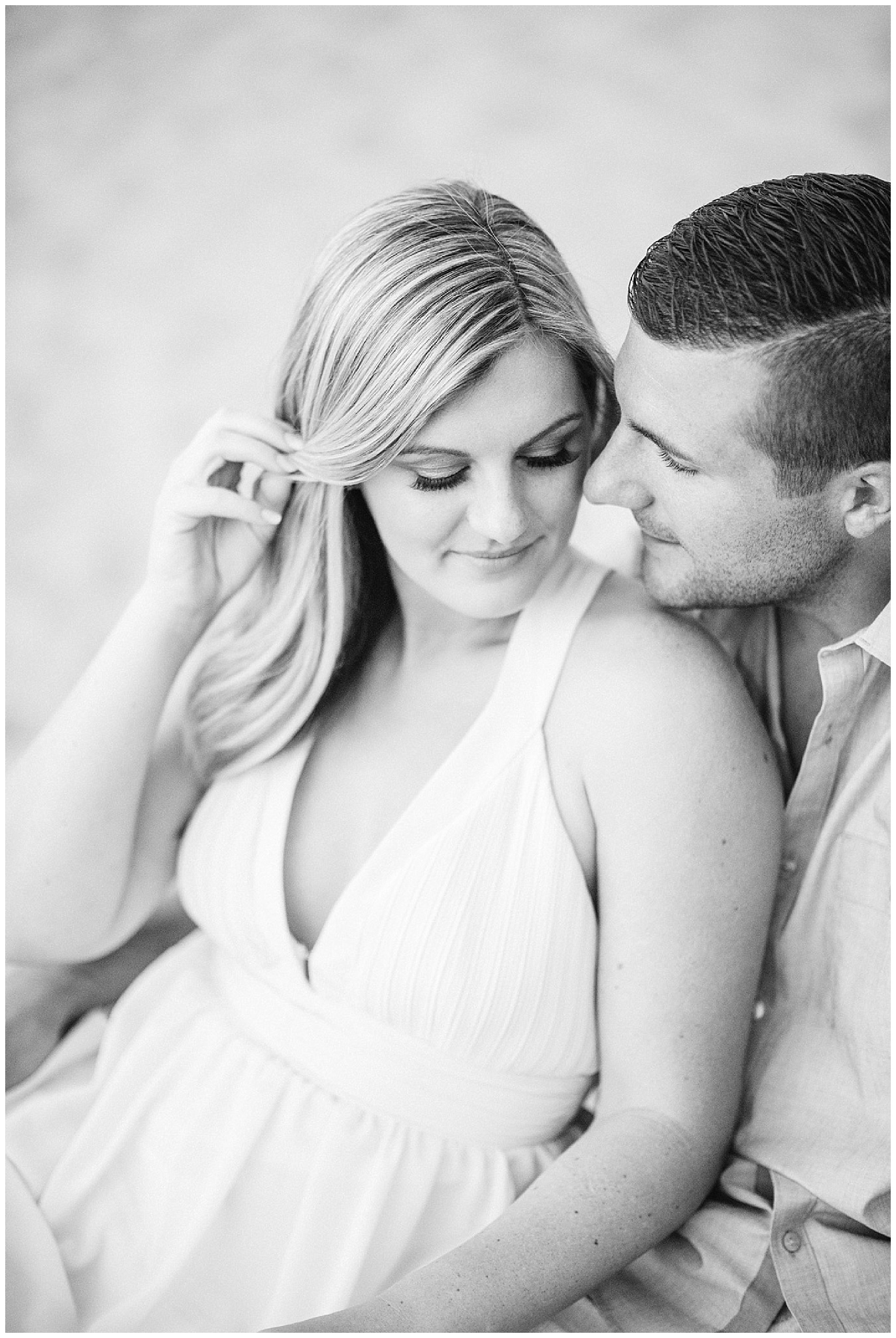Summertime beach engagement session by Jenn Kavanagh Photography