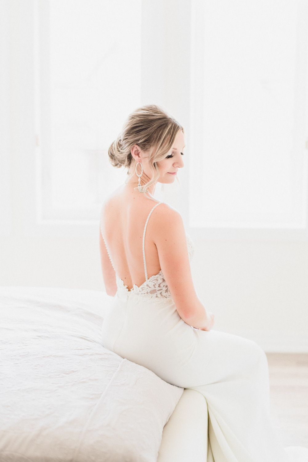 Bright and airy bridal portrait by Jenn Kavanagh Photography