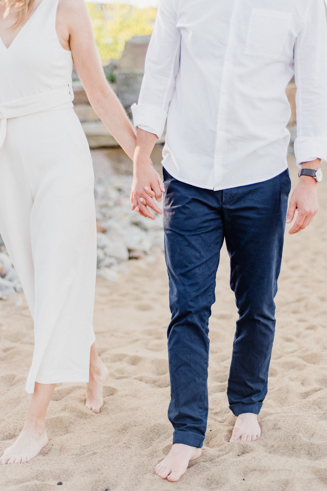 Lake Ontario Engagement Session by Jenn Kavanagh Photography