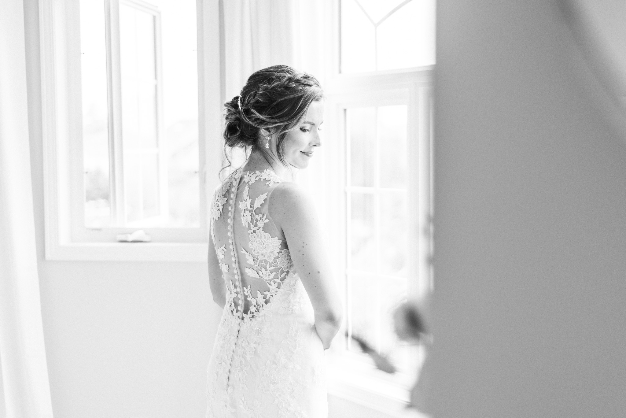 Jacquelin Bridals Canada lace gown photographed  by Jenn Kavanagh Photography.