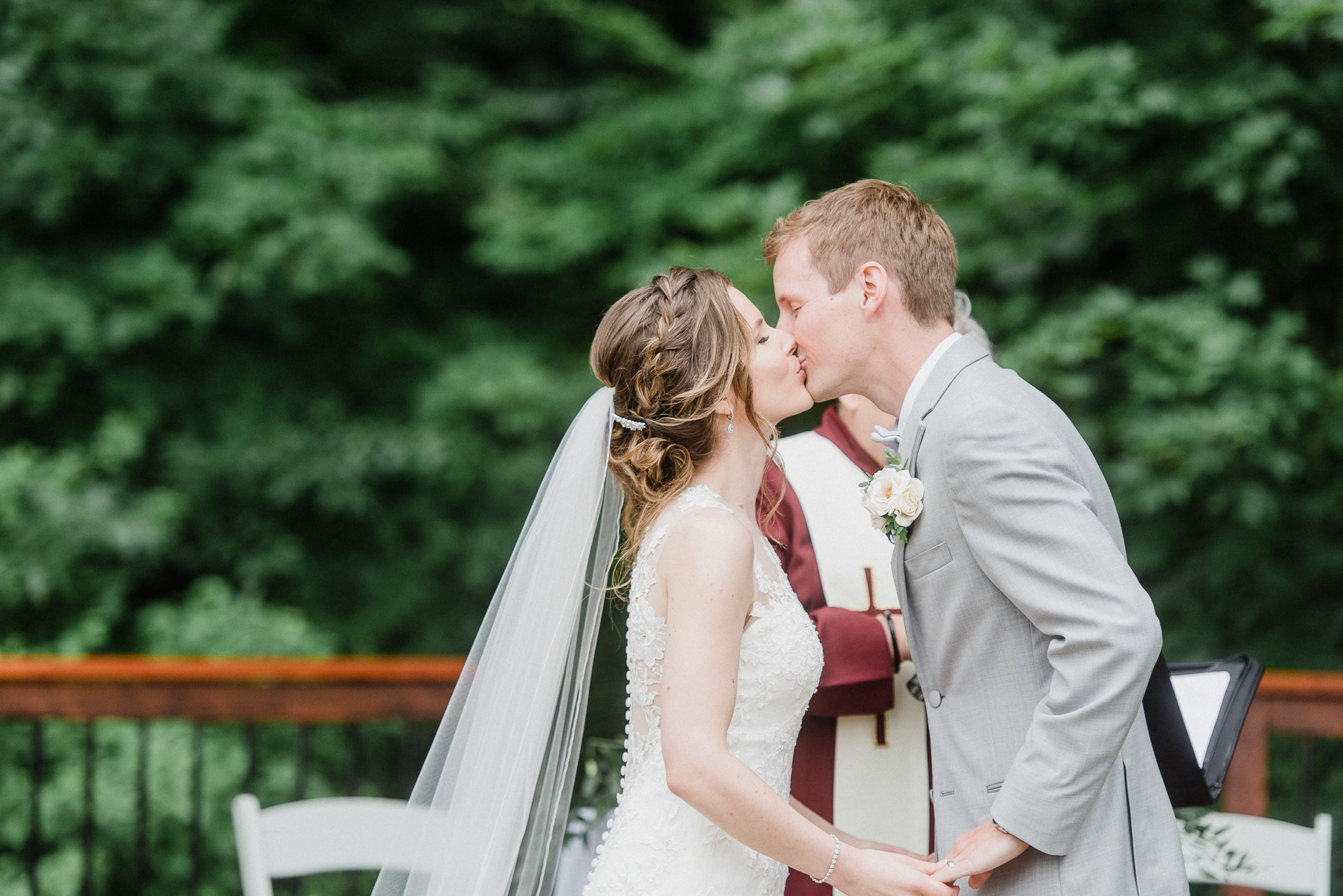 Outdoor ceremony at Crosswinds Golf & Country Club by Jenn Kavanagh Photography