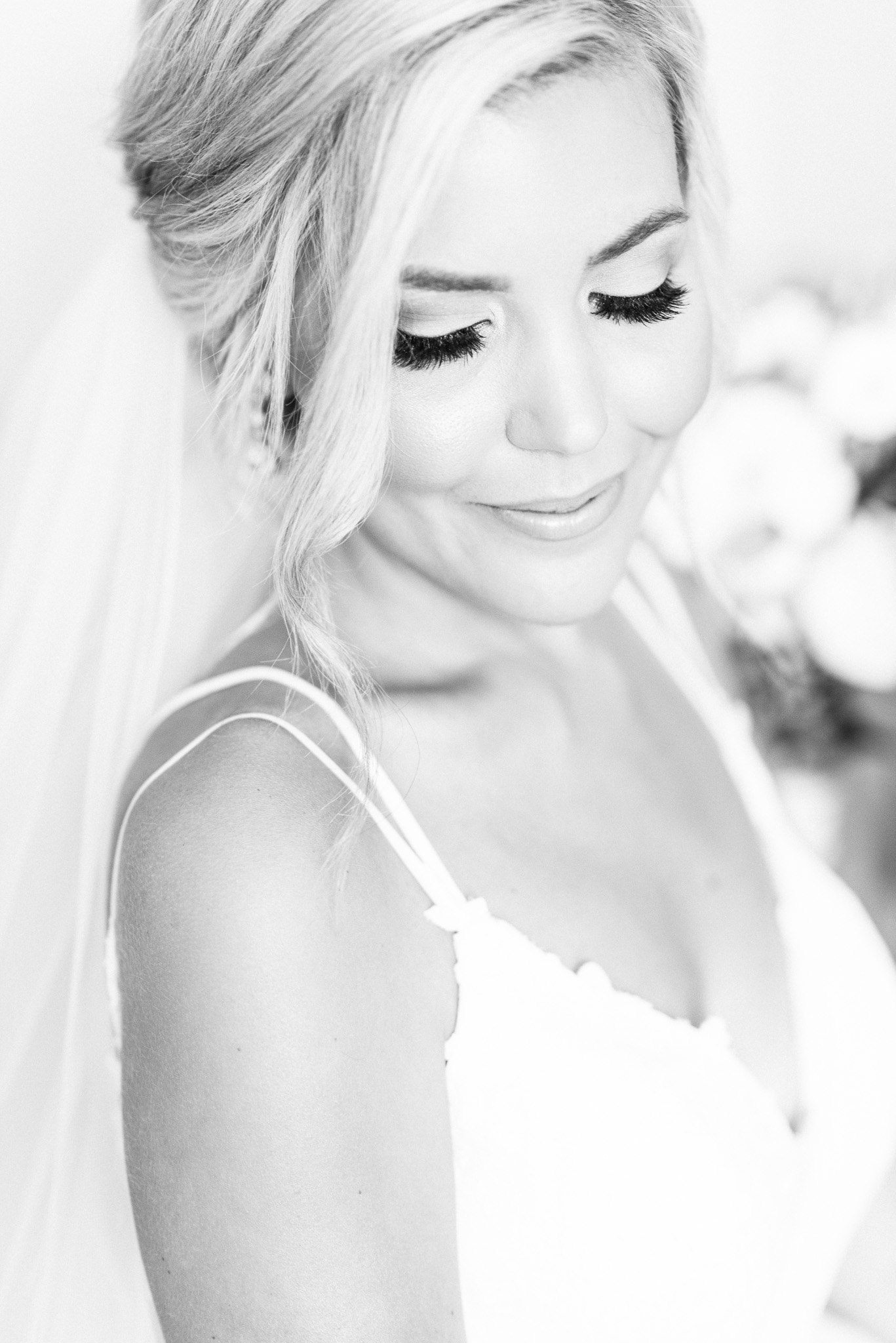 Iconic bridal portrait by Jenn Kavanagh Photography, Makeup by Jen Evoy Makeup Studio