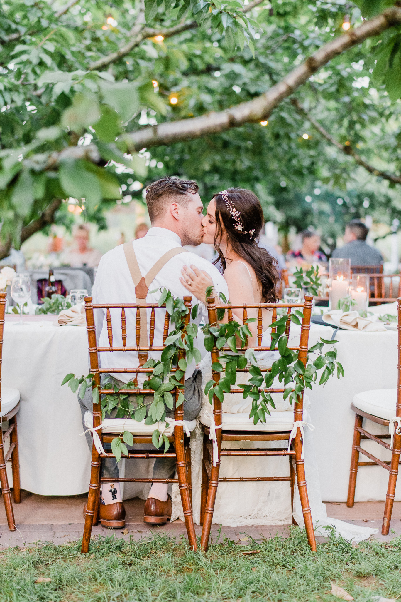 Outdoor dinner wedding reception at Gracewood Estates, Niagara-on-the-Lake by Jenn Kavanagh Photography