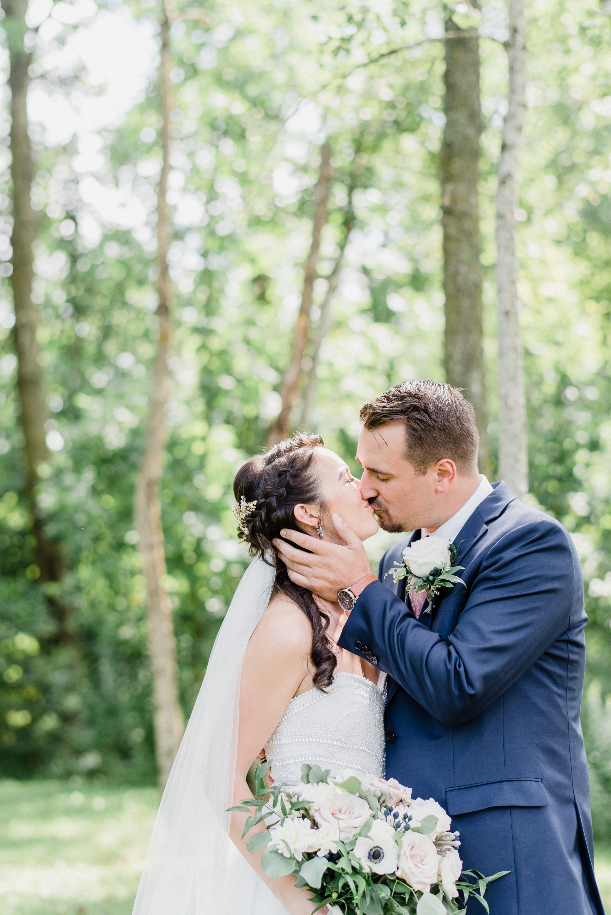 Bride and Groom Portraits at Holland Marsh Wineries by Jenn Kavanagh Photography | Newmarket, Ontario Wedding