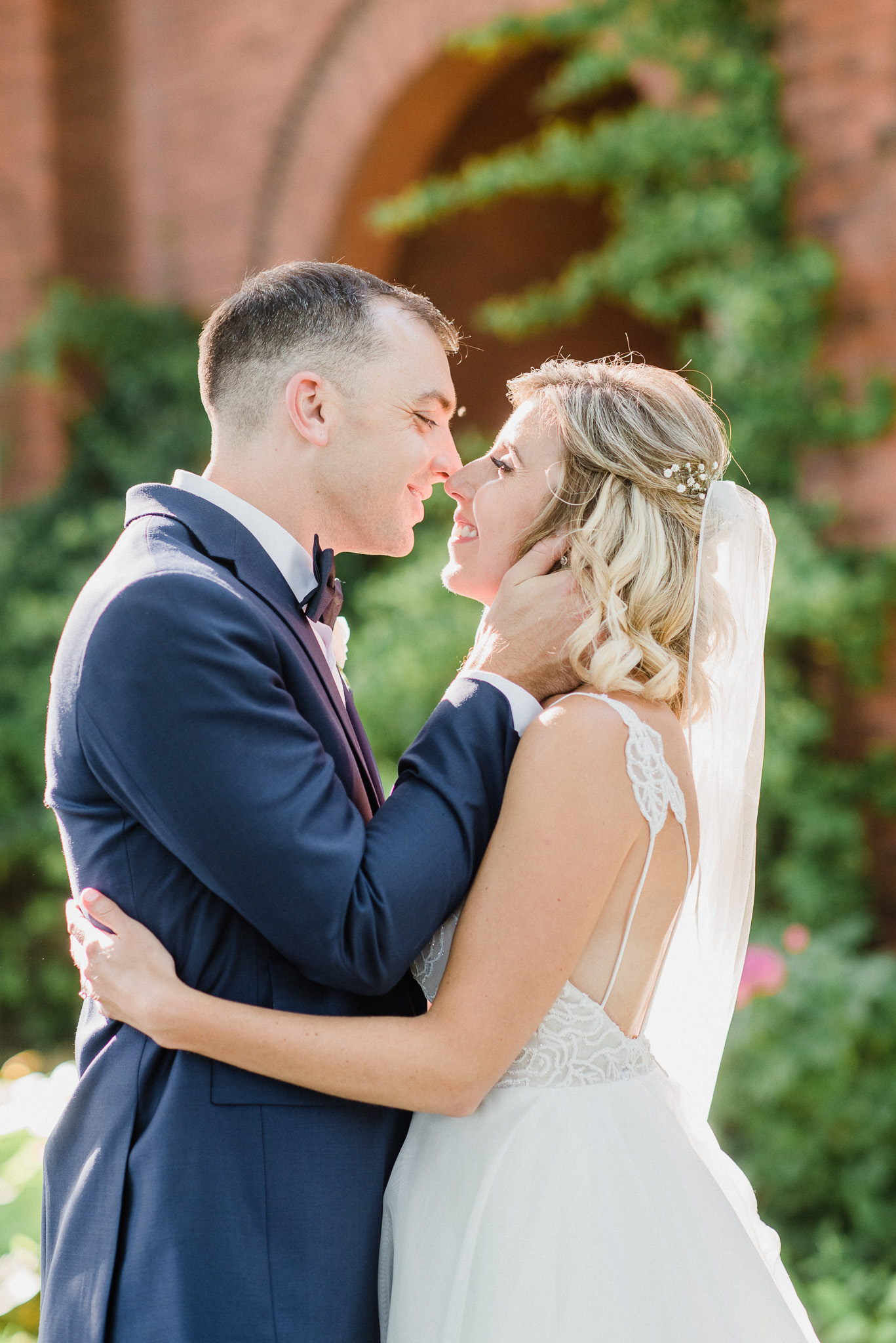 Bride and Groom Portraits at Honsberger Estate Winery by Jenn Kavanagh Photography | Burlington, Ontario Wedding