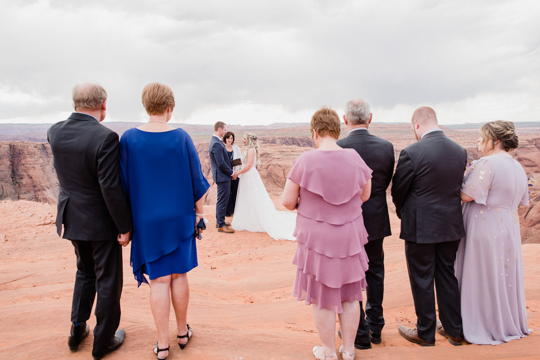 Horseshoe Bend wedding by Jenn Kavanagh Photography