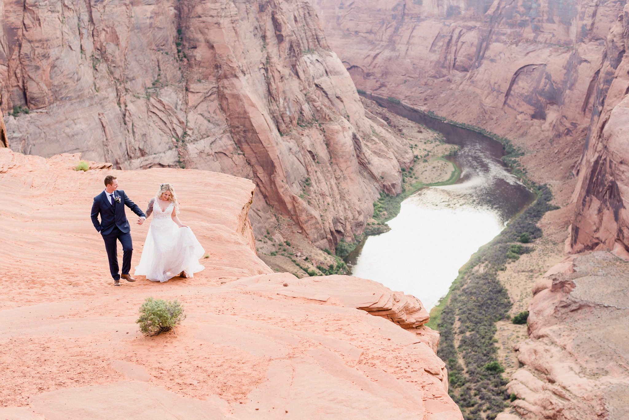 Horseshoe Bend Elopement by Jenn Kavanagh Photography