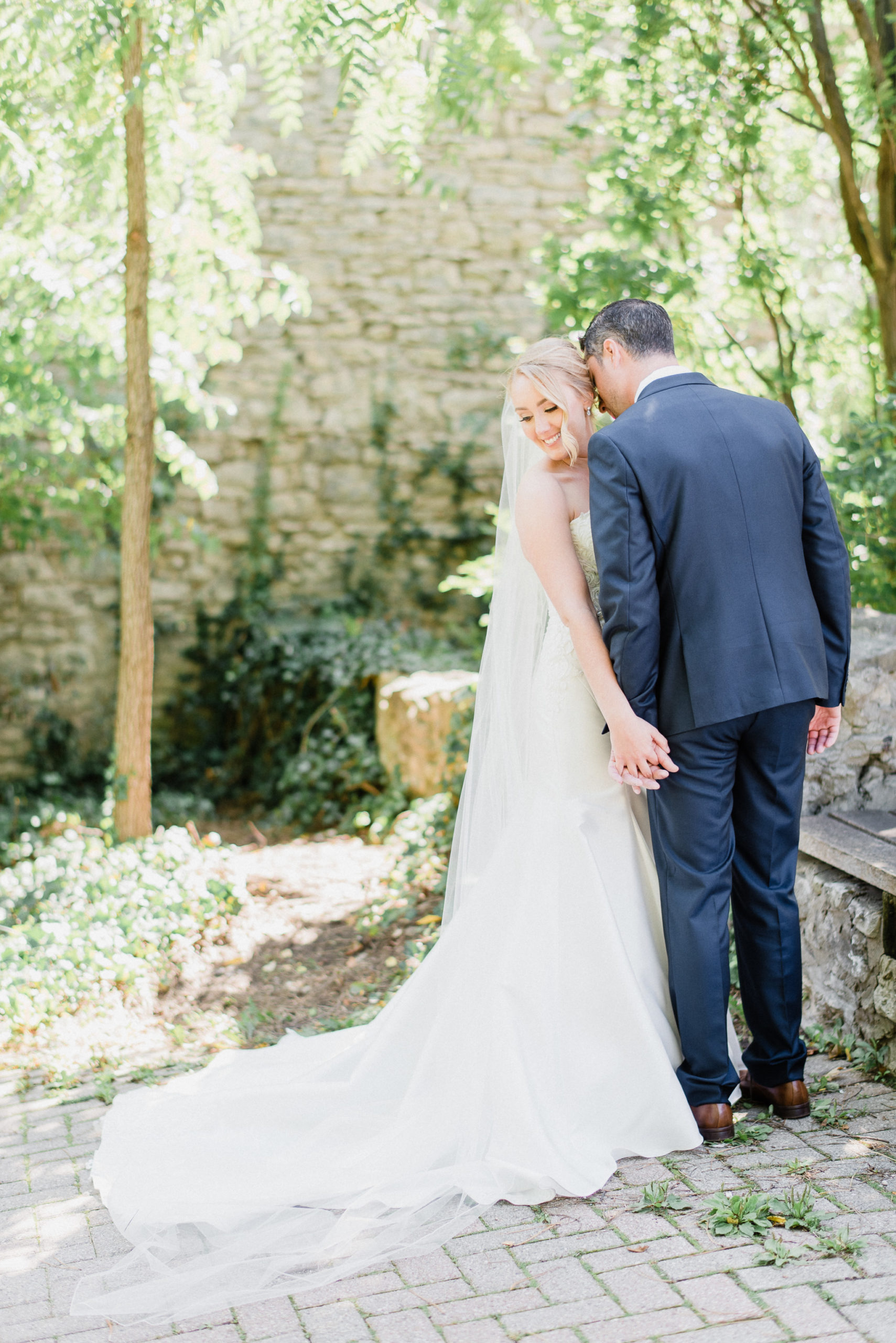 September wedding at the Cambridge Mill by Jenn Kavanagh Photography