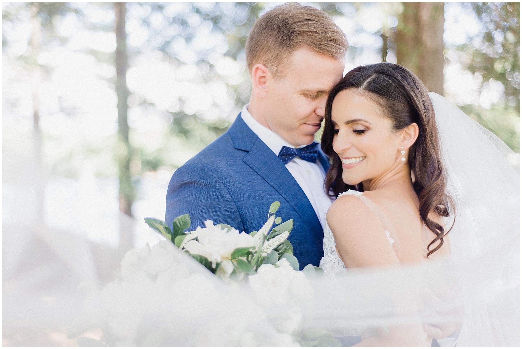 Elegant Muskoka wedding by Jenn Kavanagh Photography