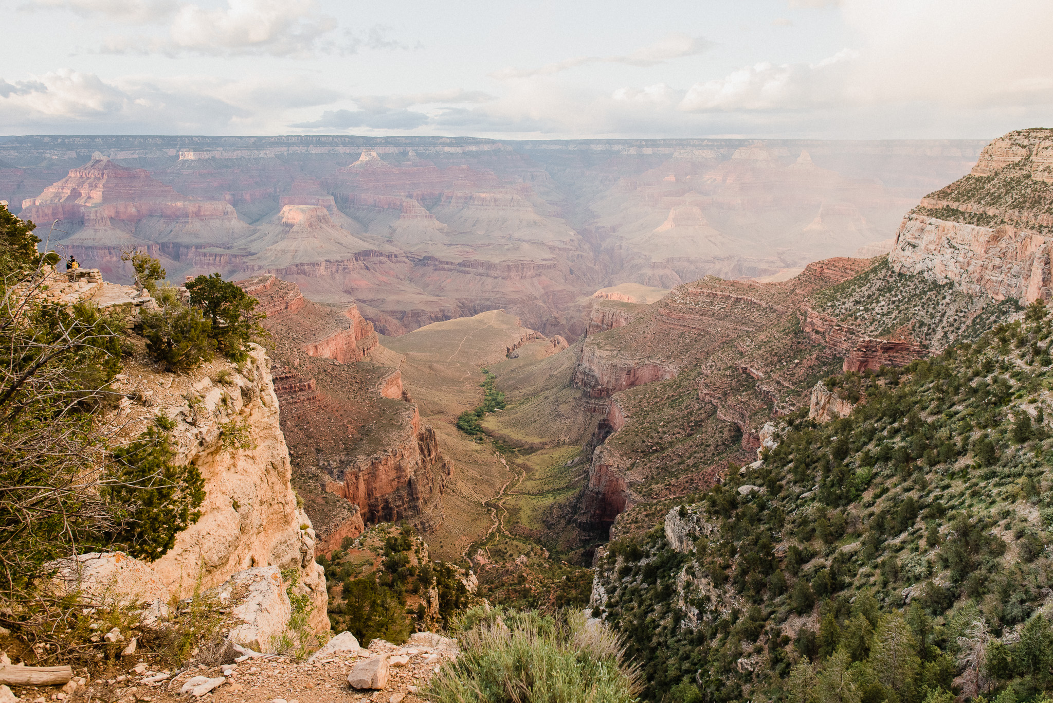 Grand Canyon at sunset by Jenn Kavanagh Photography